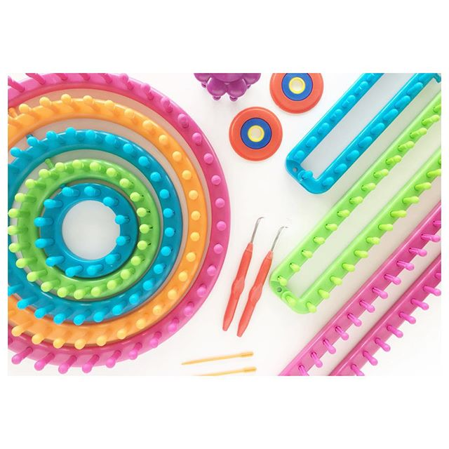 This the season for gifting and looming and I'm so excited to team up with @boyeyarncrafts and @joann_stores to share with you a dynamite #blackfriday doorbuster deal. The Boye Loom Value Kit includes: - 9 looms, straight and round - 1 pom pom maker - 2 hooks - 2 needles - Project and instruction book  All for only $24.99. Once you get it be sure and head over to my blog. I've just posted the cutest little newborn elf beanie pattern to use with your new loom! I'm in the process of making a cute candy stripe one and I can't wait to show you!! #boyeyarncrafts #boyeloomkit #ad