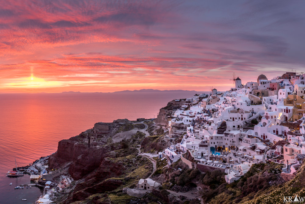 A vivid sunset in Oia