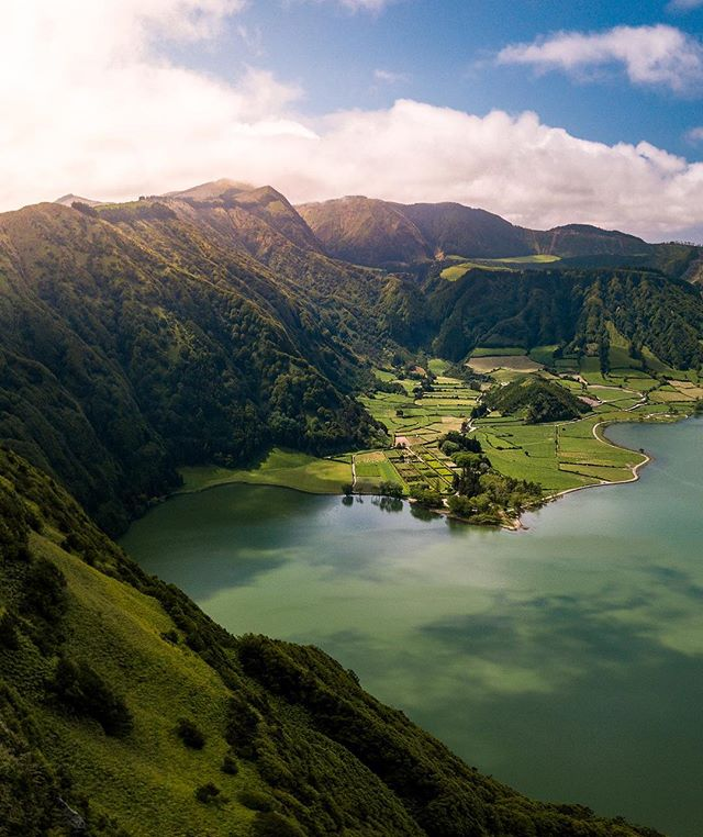 Excited to be back in @visitazores working on some new projects! 🇵🇹 - Unreal experience exploring São Miguel island with @greenzonetours while being hosted at the beautiful @outoftheblueazores!