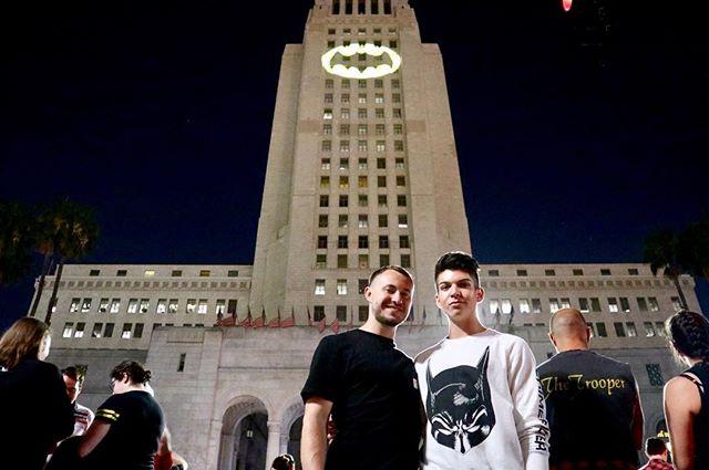 My fave pic from last night's #LA adventure with @brody_mcbroderson2.0. Had so much fun and the energy surrounding us was 👌 Came home after and watched Batman movies until we fell asleep. I'd say it was a successful night.