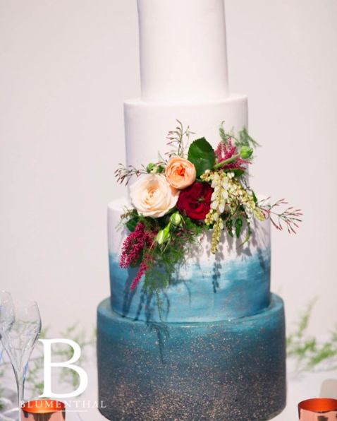 Blue & Gold Wedding Cake