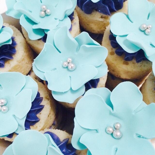 Blue Flower Cupcakes