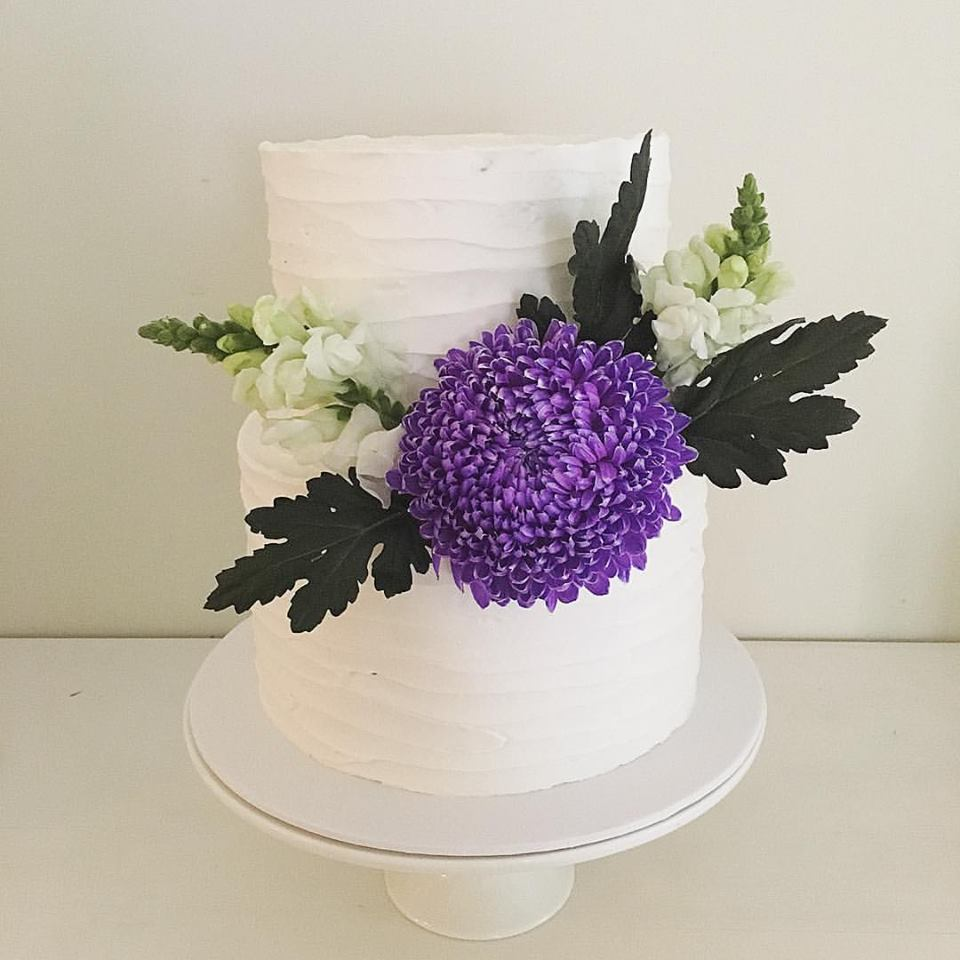 2 Tier Buttercream Cake with Flowers