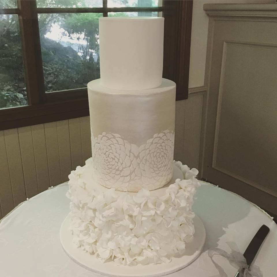 Flower Motif Wedding Cake