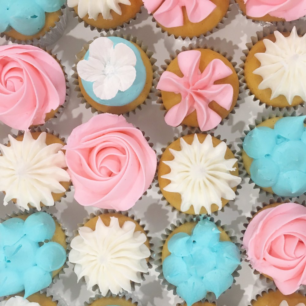 Pink & Blue Flower Cupcakes