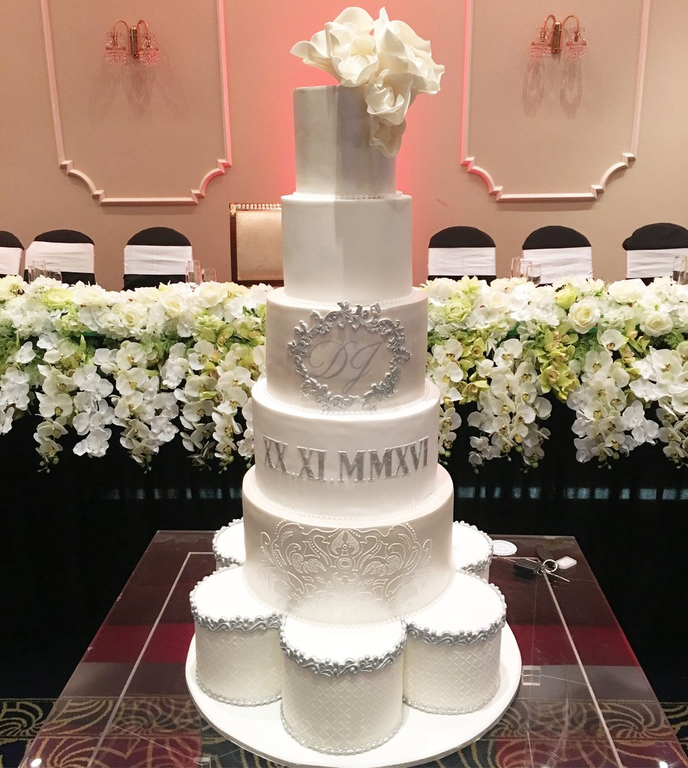 Silver Showstopper Wedding Cake
