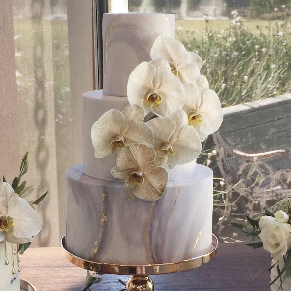 """11""""/8""""/5""""  Tea & Coffee Serves: 150-160 Dessert Serves: 75-80   Naked  starts from $715 plus  Delivery .   Buttercream  starts from $760 plus  Delivery .  Custom Cakes & Fondant Finish starts from: $770 plus  Delivery . Click  here  to enquire."""