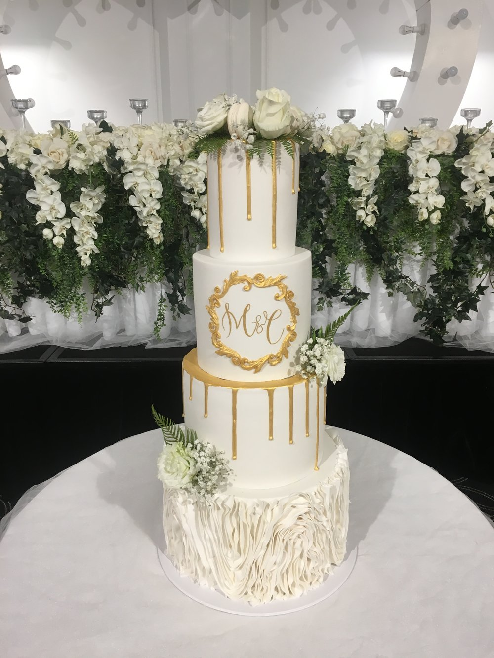 Wedding engagement cakes melbourne creme de la cakes wedding cake with hand painted gold monogram junglespirit Images