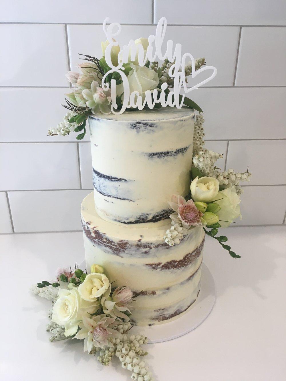 2 Tier Naked Cake Creme De La Cakes