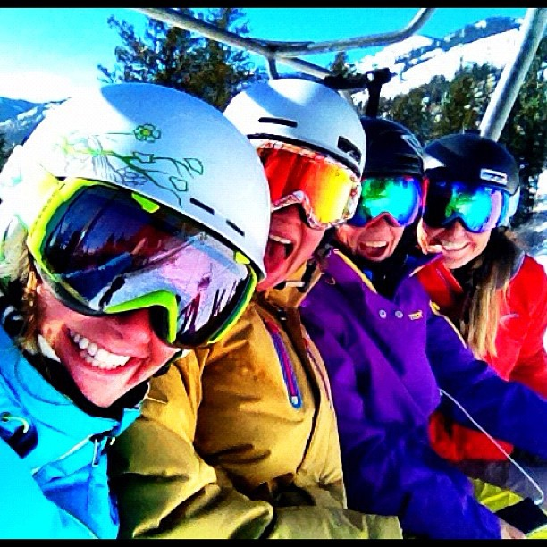NOVEMBER: Back on the snow with the ladies