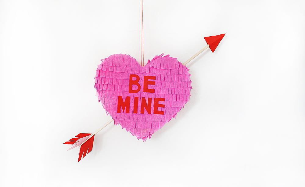 Kitiya Palaskas DIY Valentine piñata