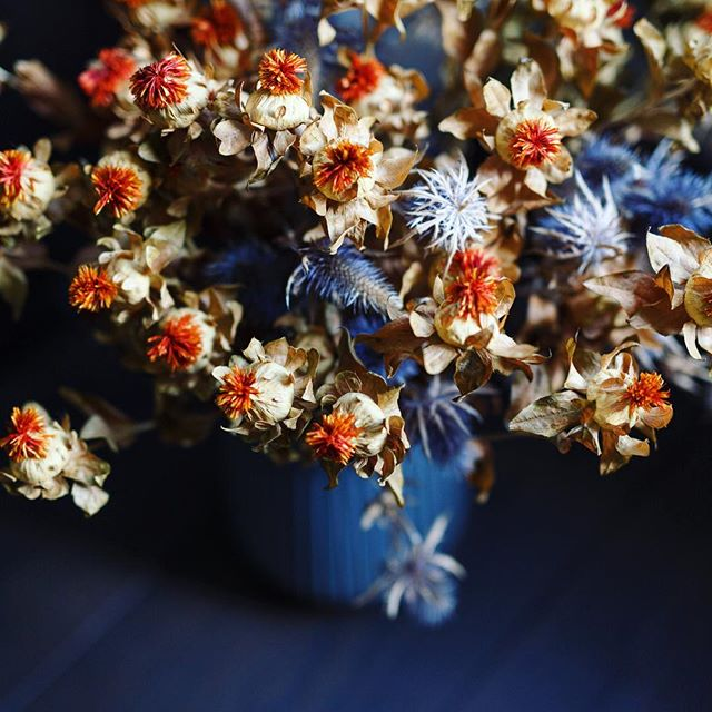 Autumn colors 👌for @madedotcom  #interiordesign #flowers #bouquet #autumn