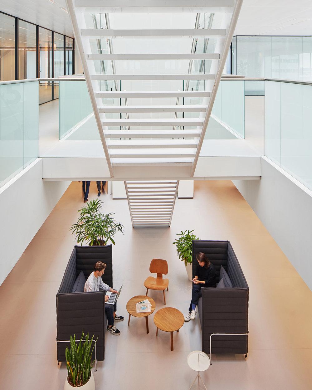 client:  Spaces  project: Schiphol