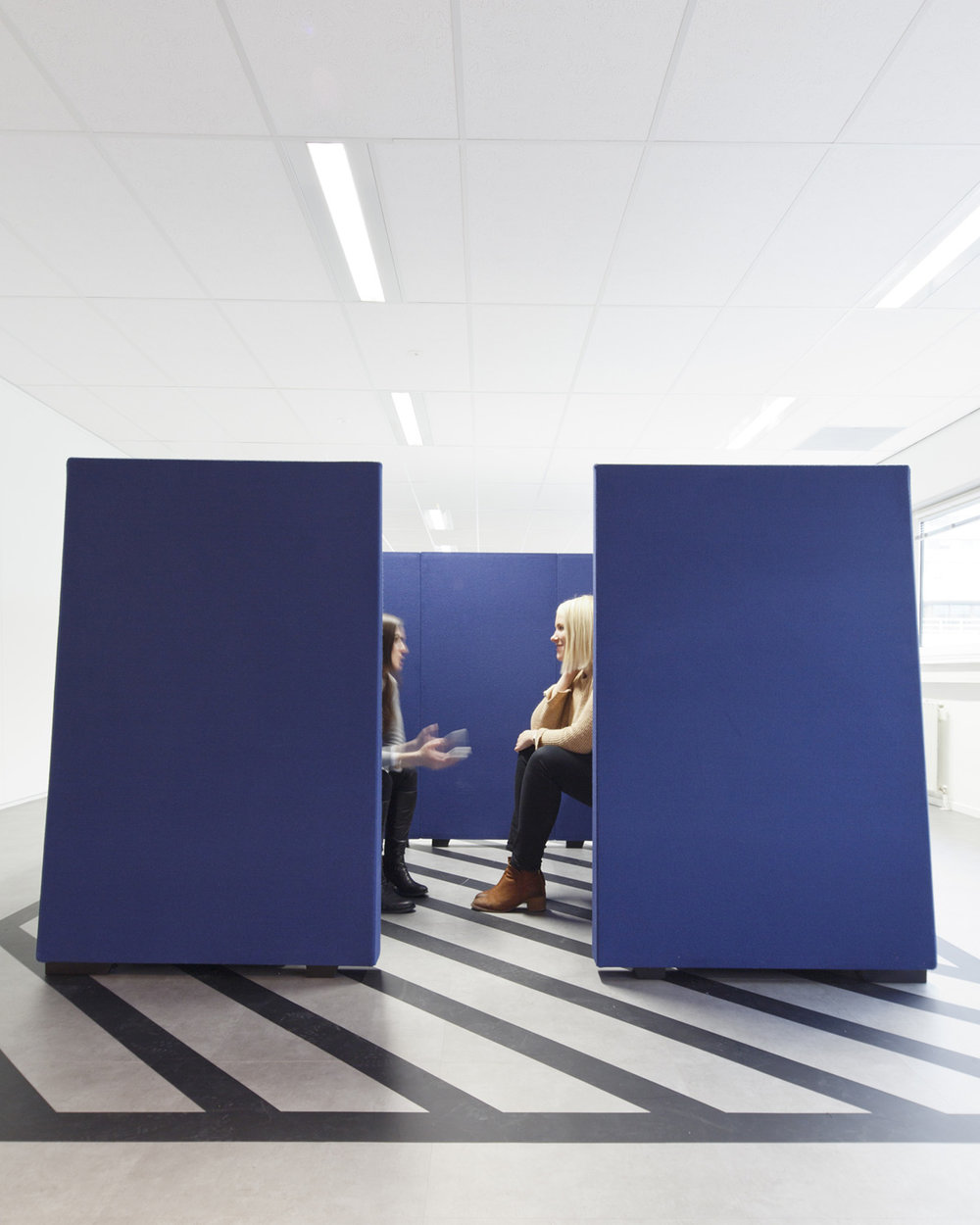 client:  Unispace  project:  Adecco