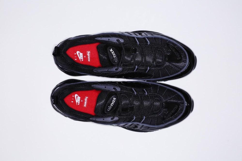 Supreme x Nike AM98 2.jpg