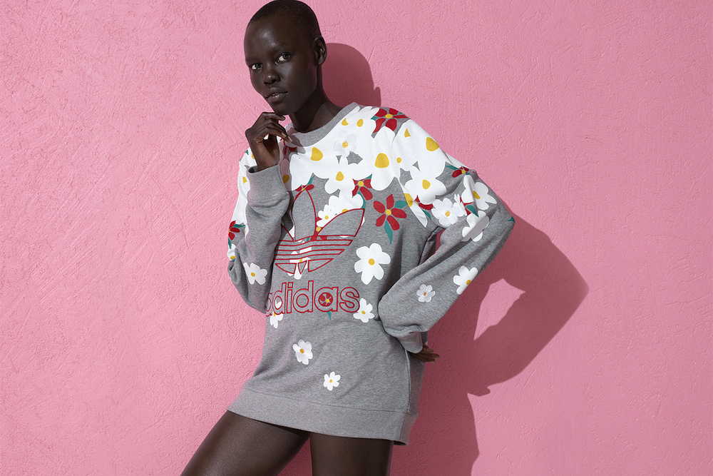 pharrell-adidas-pink-beach 4.jpg