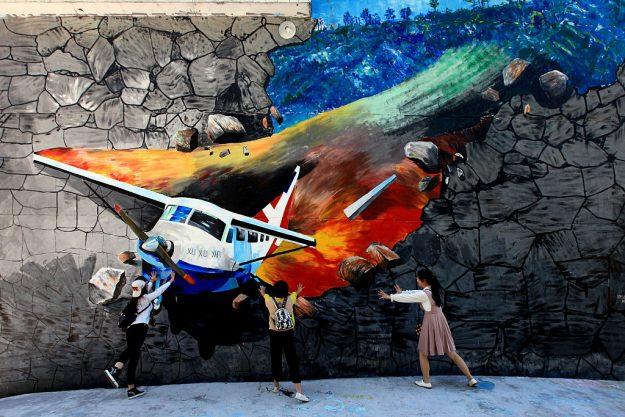 street art tourism 2.jpg