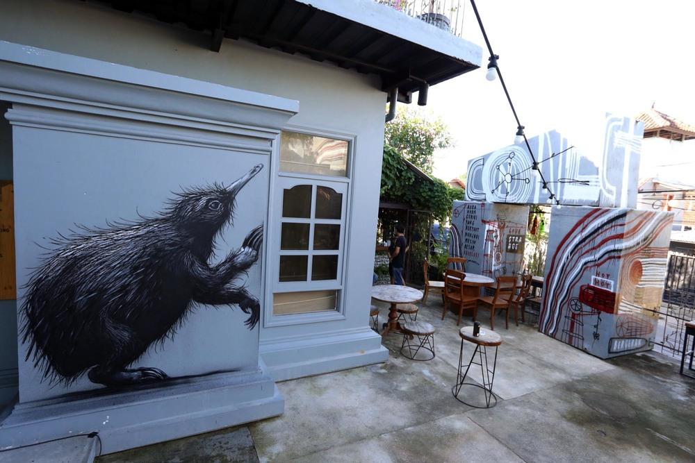 ROA-anteater-5.jpg