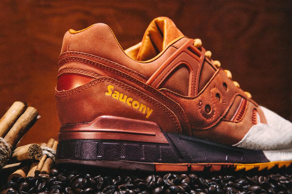 saucony-pumpkin-spice-grid-sd-05.jpg