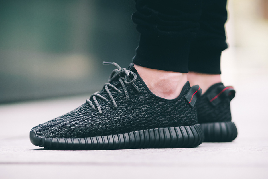 YEEZY BOOST 350 Pirate Black 2.jpg