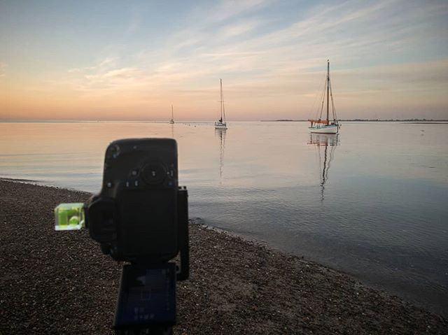Another lovely morning down at #mersea island. We'll soon see if the 3.30 alarm call was worth it 😪😪😪. #seascape #essexcoast #colchester #coast #tooearly #ukphotography #picoftheday #picoftheweek #ukpotd #opoty #landscapephotomag #osmaps
