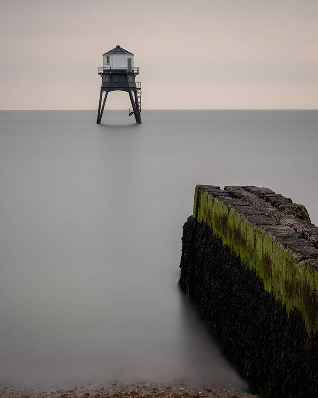 My first trip to Dovercourt and the light was lacking quite a bit so I broke out the #10stop for something rather than nothing.  #landscapephotography #landscape_captures #landscapes #appicoftheweek #picoftheday #picoftheweek #photooftheday #dovercourt #landscape_photography #landscapecaptures #landscapephotomag #getoutside #scape_captures #LPM #visitmersea #osmaps #bestukpics #visitessex #ukgreatshots #bestukpics #ukshooters #topukphoto #ukpotd #scenicbritain #britishlandscape #lovebritain #canonuk #mycanon #seascape