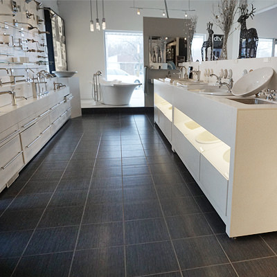 PUTTING TOGETHER A SHOWROOM   A showroom demands the ultimate in both presentation and functionality.  Ensuring products are properly displayed to highlight their distinct characteristics requires efficient use of space.