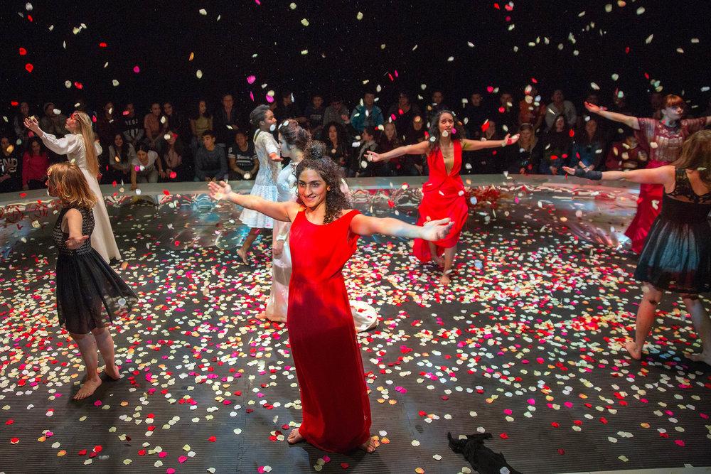 HR 10 Voorjaarsoffer_Maas theater en dans ®PhileDeprez.jpg
