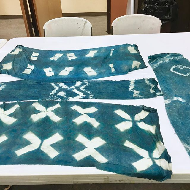 Any interest in learning more on the chemistry of indigo? I'll be in Eagle River for an indigo workshop on Sunday March 10th from 9:30-1:30! We will be making three different types of indigo vats. Dye a scarf in each one to see how the different recipes react with natural indigo. We will also have swatches to practice Shibori techniques. A fun class for all ages. $70 if you register before March 1, $80 after. Email BLUEREDYELLOW.designs@gmail.com to sign up. #blueredyellow #indigodyeing #naturaldye #plants #blue #indigo #workshop #fibers #shibori #fun #eagleriveralaska