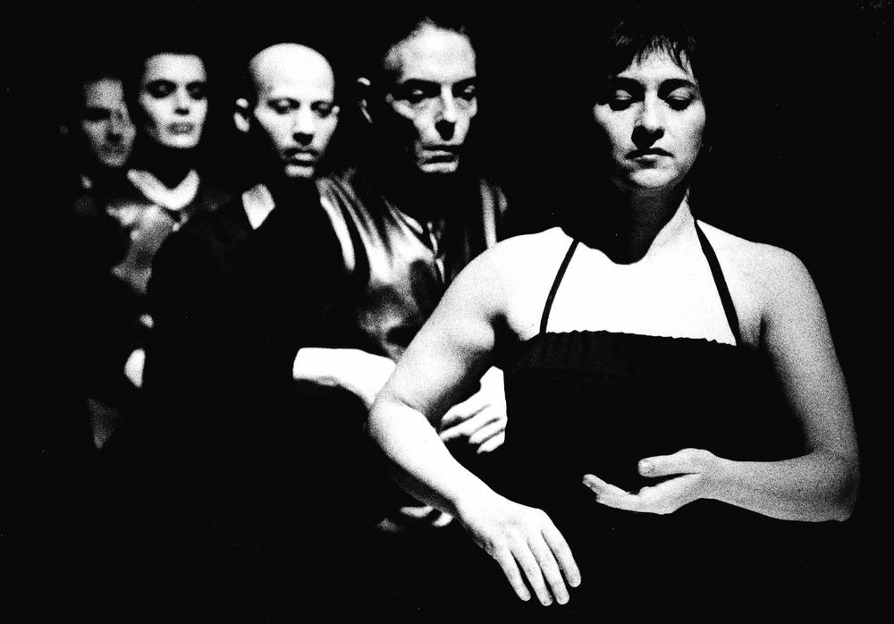 90. Archivio spettacoli e installazioniSho. La Bellezza finale, 1998.(foto Marta Orlik Gaillard).jpg