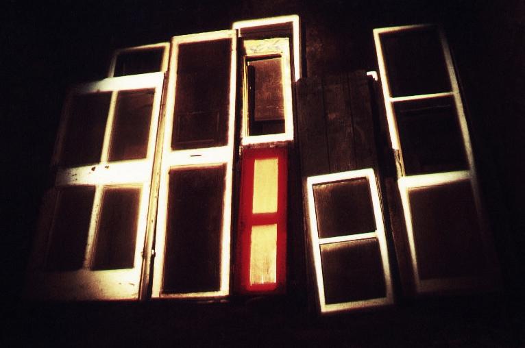 15, Porta a porta, 1992.jpg