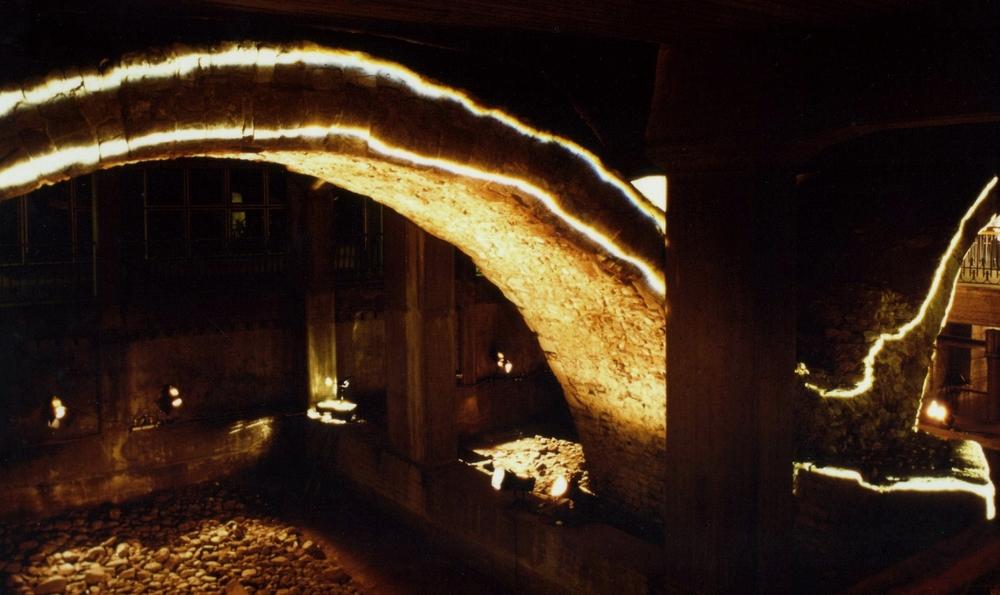 76. Sul posto, Ponte romano, Parma, 1998.jpg