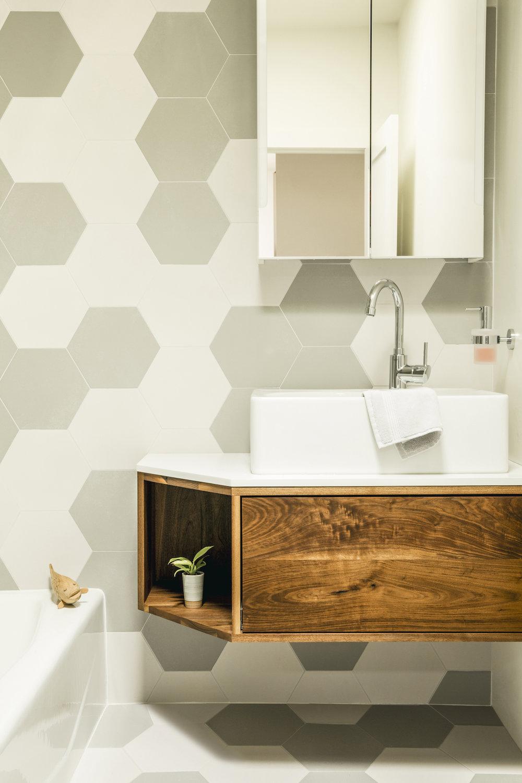Lynn K. Leonidas | Balboa Guest Bathroom