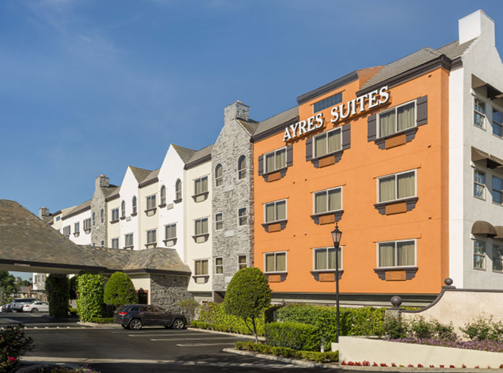 ayres-hotel-and-suites-costa-mesa-01.jpg