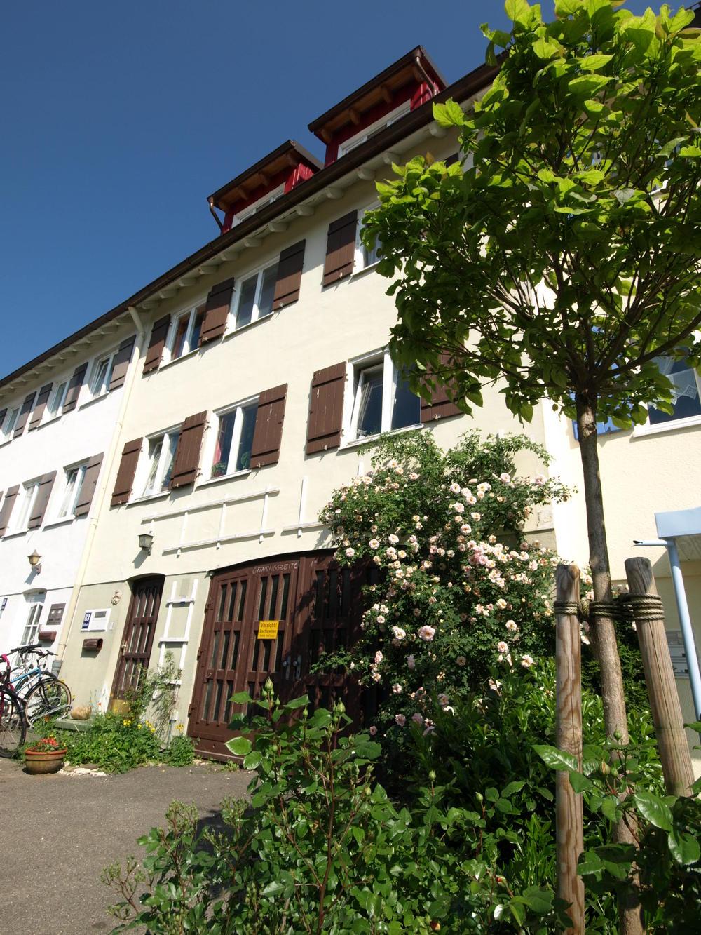 Schillerstraße 63 Generationenhaus-Haubenschloß.JPG