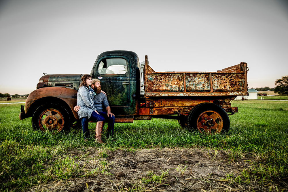 lincoln-ne-engagement-photos-country