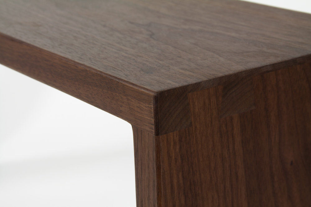 Bench_Simone_Contemporary_Walnut_detail.jpg