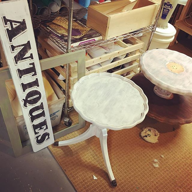 Friday projects. #friday #friyay #projects #repurposed #furniture #upcycledfurniture #handmade #signs #sign #painting #paint #frames