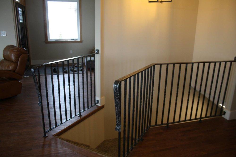 railing2.jpg
