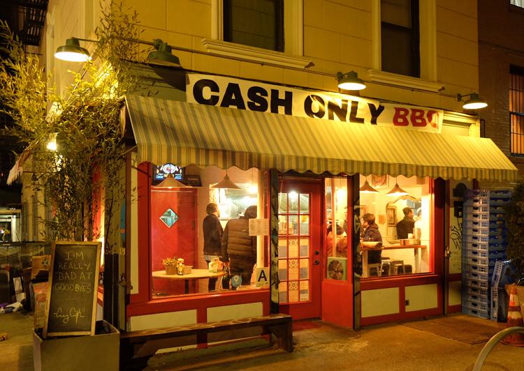 cash only outside 750.jpg
