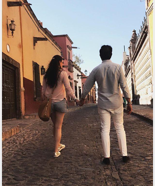 Uno de nuestros lugares favoritos para pasar el fin de semana es San Miguel de Allende, nos encanta el clima, las vistas, la comida y sobre todo pasear toda la tarde por sus calles #thelocaldate #enjoytheride #makeittwoplease