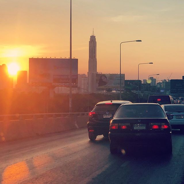 and is how the #weekend began in #Bangkok #fridayfeels #sunset #citylife #cityview