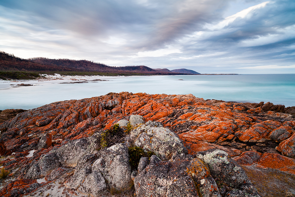 Red rocks at Freycinet, January 2013-1.jpg