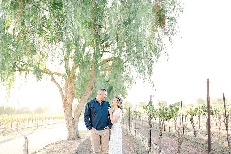 Agua Dulce Winery - Engagement Photos - Tiffany J Photography_0005.jpg