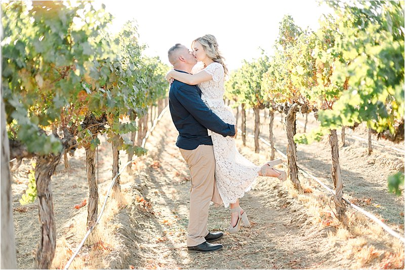 Agua Dulce Winery - Engagement Photos - Tiffany J Photography_0022.jpg