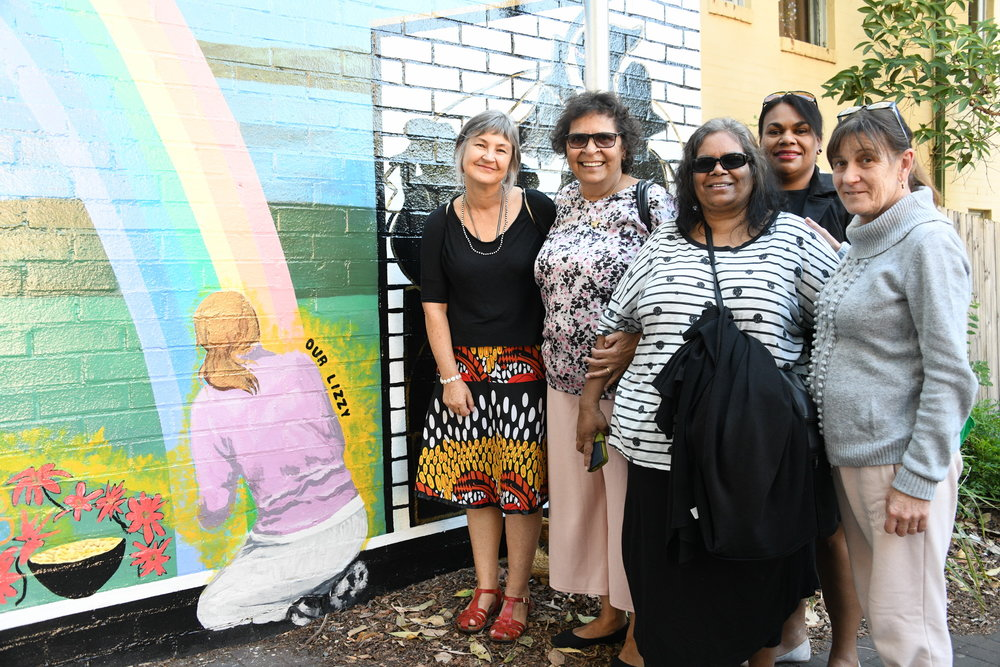 Kelly Wallwork, Aunty Kath Farrawell, and some her community.JPG
