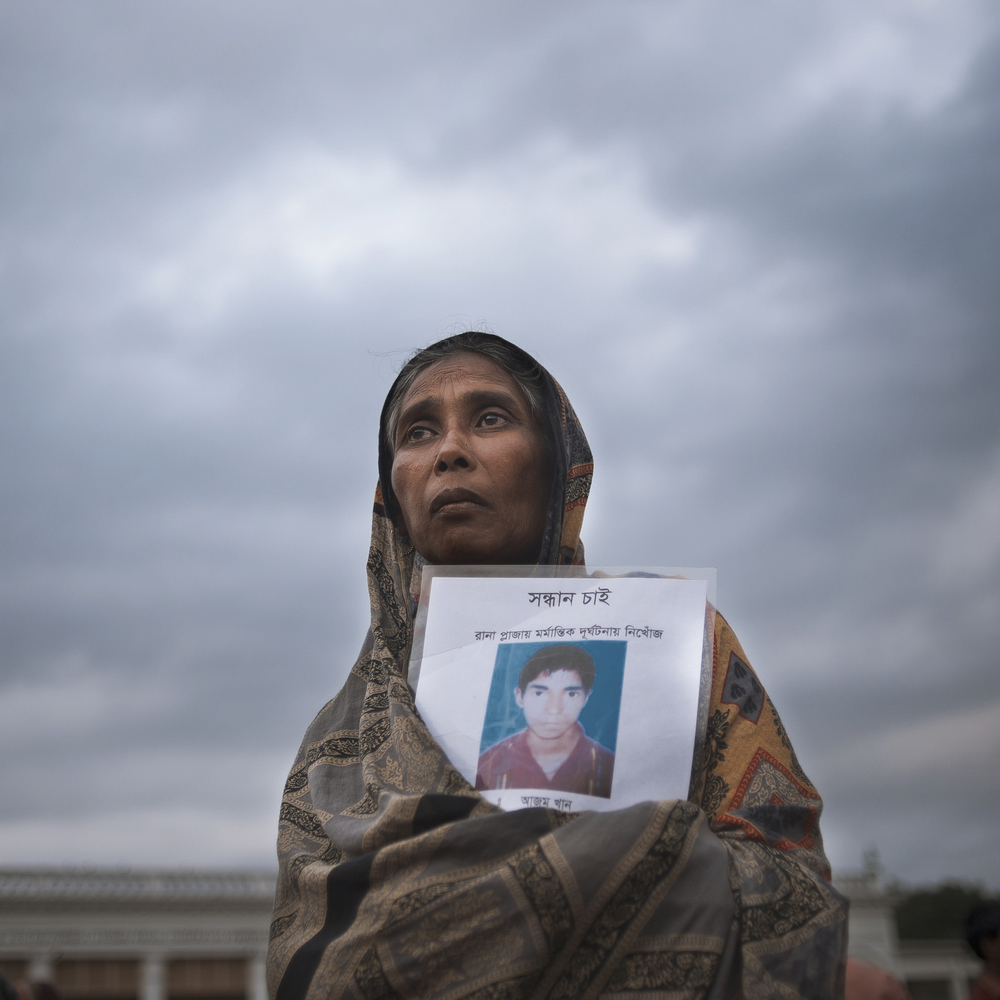 Rahima searching for her brother Rana Plaza collapsed.