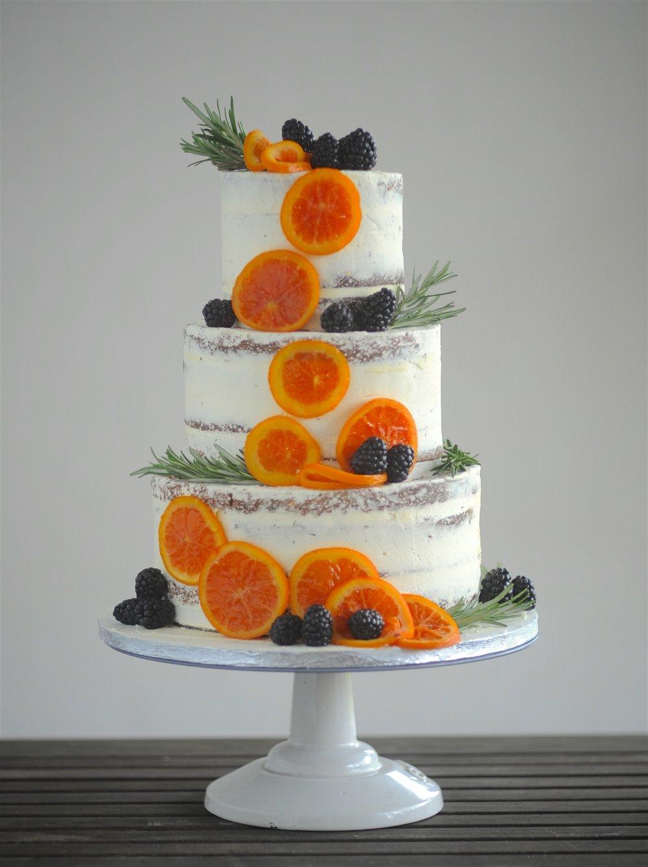 Cake shoot (1).jpg