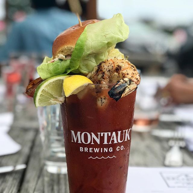 Happy Saturday from the Saltbox! Come on in for a Bloody Mary! #bloodymary #vodka #montauk #fallfestival #holidayweekend #thirsty #lobsterroll #weekendvibes #shrimp #seafood #cocktails #hamptons #eastend #ny #newyork #longisland #drinkup #drinkpics