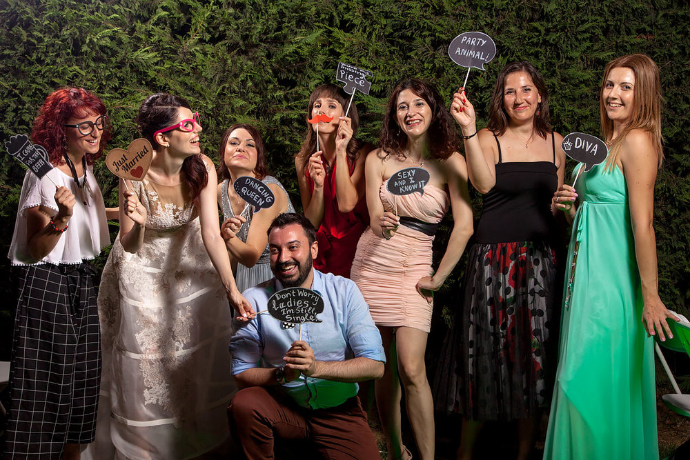 P2Photography_wedding_Greece_Vasilis_Christina_photobooth_011.jpg